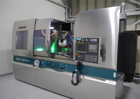 SUPER PRECISION HIGH RECIPROCATING FORMING GRINDER  SGC840α (NAGASE INTEGREX)